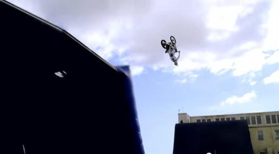 The Athlete Machine - Red Bull Kluge - YouTube (4)
