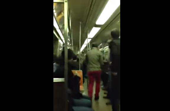 SAX BATTLE IN NYC SUBWAY  original duh...  - YouTube (3)