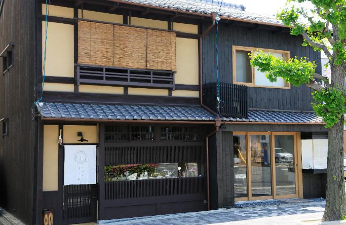 自然の造形美に魅了される♡ミセ・ヤド・カフェが揃う不思議なお店『ウサギノネドコ』をご紹介